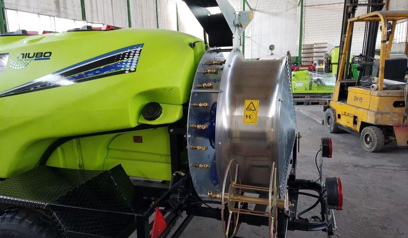 Atomizador Arrastrado Niubo modelo 2000 Litros lleno